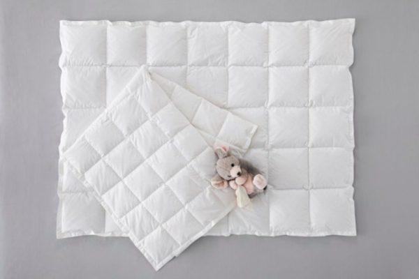 Детское пуховое одеяло Happy Baby DaunenStep зимнее